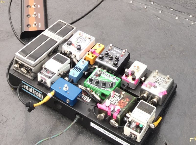 The so-called Rockabilly pedalboard.